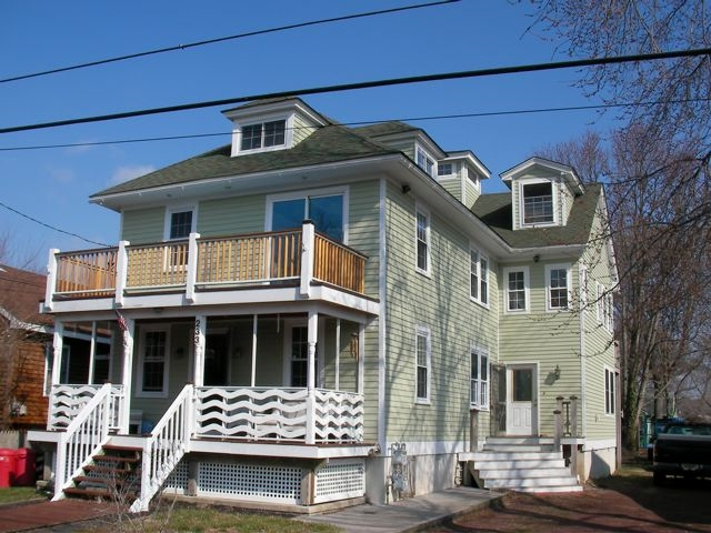 233 Fourth Avenue West Cape May